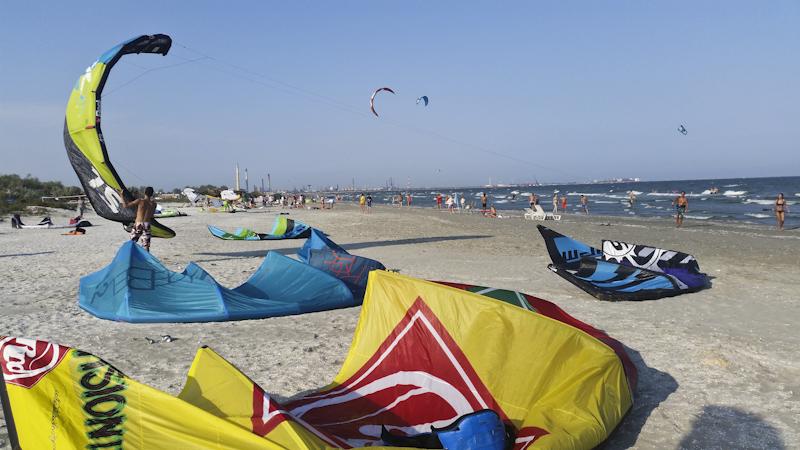 kiteboarding mamaia