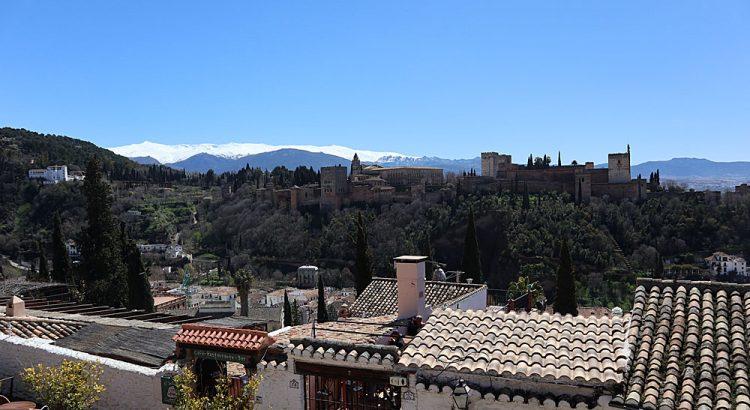 Canon M100 - Alhambra