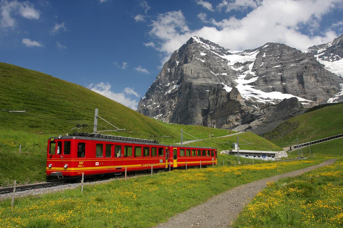 swiss-alps-train